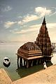 Shiv temple of Scindia Ghat.jpg