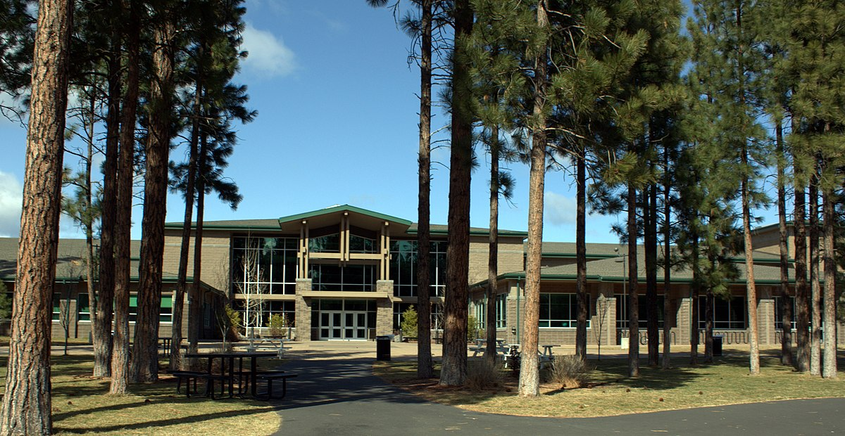 Five 4 School >> Sisters High School - Wikipedia