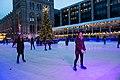 Skating in London (39899935511).jpg