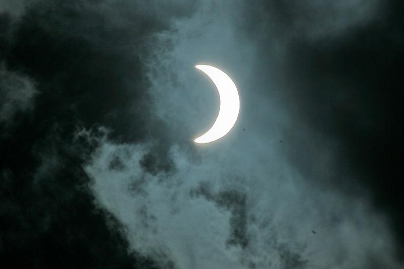 File:Solar Eclipse-4745.jpg