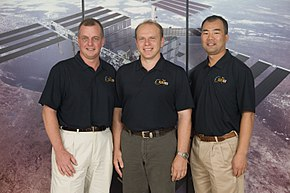 Soyuz TMA-17 crew.jpg