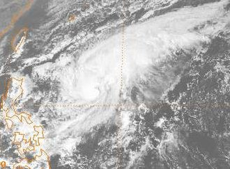 1983 Pacific typhoon season - Image: Sperry 1983120306GMS2VS