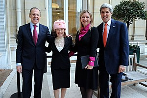 Jen Psaki - Psaki with Russian counterpart Maria Zakharova, U.S. Secretary of State John Kerry and Russian Foreign Minister Sergey Lavrov in Paris, 13 January 2014