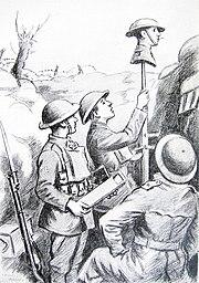 Desegnaĵo montras tri soldatojn kreskigante imitaĵkapon sur bastono super tranĉeoparapeto. Cigaredo pendas de la buŝo de la imitaĵo. Unu-vira tenas periskopon ĉe la preta.