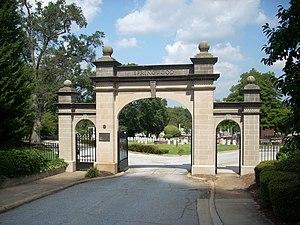 Springwood Cemetery - Springwood Cemetery Main Gate (1914)