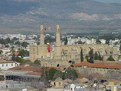 כנסיית סנטה סופיה, המצויה בחלק הטורקי של העיר ומשמשת כיום כנסייה.