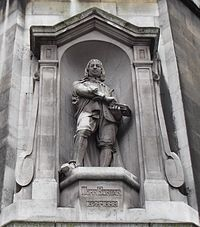 Statue Of John Bunyan-Southampton Row-London.jpg