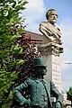 Statue du Postillon de Longjumeau.jpg