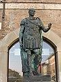 Staua Giulio Cesare.jpg