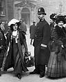Suffragette Mabel Capper Bow Street arrest 1912.jpg