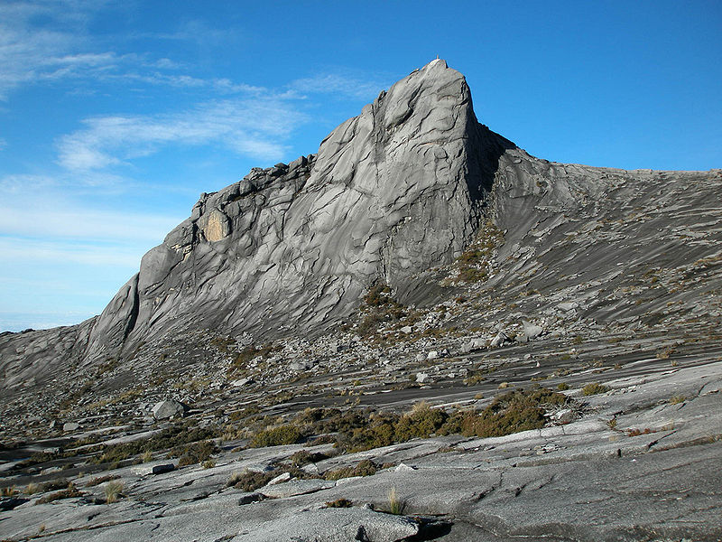 File:Summit of Mount Kinabalu.jpg