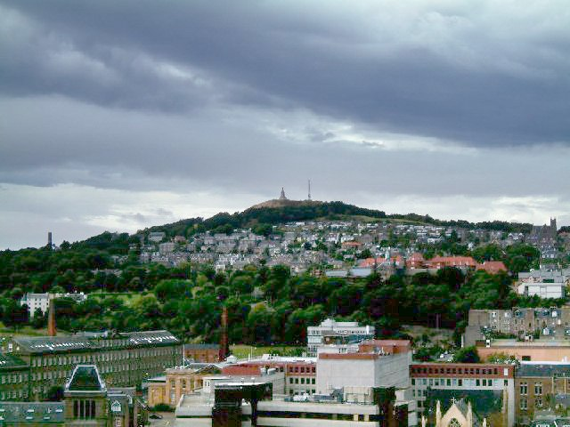 The Dundee Law - geograph.org.uk - 63200 (lighter ground)