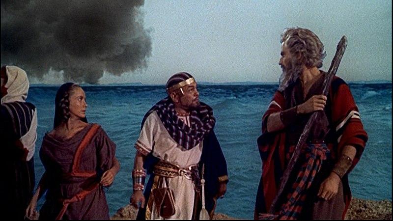 800px-The_Ten_Commandments_(1956)_traile