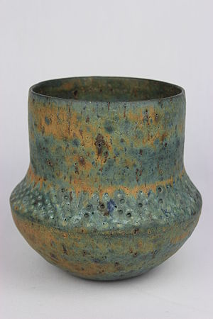 Studio pottery - Thrown vase by Lucie Rie