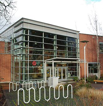 Tigard Public Library - Entrance to the library in 2012