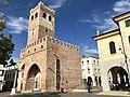 Torre dell'orologio da piazza Castello.jpg