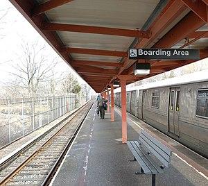 Tottenville (Staten Island Railway station) - The station platform