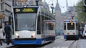 Tram25 Damrak 2011
