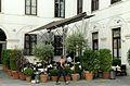 Trattoria Martinelli Gastgarten.jpg