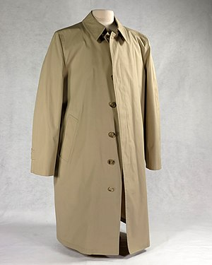 Trench coat - Trenchcoat containing a bullet-proof vest liner, worn by Gerald Ford in public after two assassination attempts in 1975