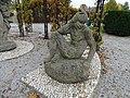 Trojská zámecká zahrada, sousoší Paridův soud, Paris.jpg