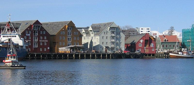 Fichier:Tromsø sjøboder.JPG