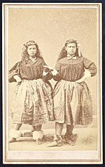 Two Hawaiian hula girls, photograph by Menzies Dickson, 1872.jpg