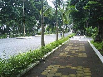 Sebelas Maret University - Image: UNS North Boulevard