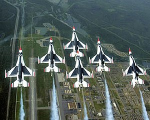 English: The U.S. Air Force Thunderbirds aeria...