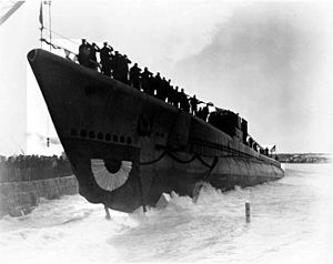 Segundo (SS-398) slides down the launching ramp at PNSY, 5 February 1944.