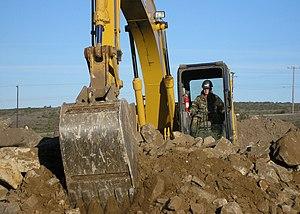 מתוחכם עבודות עפר – ויקיפדיה LU-85