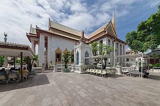 Wat Bowonniwet Vihara - The Chapel of Wat Bowonniwet Vihara