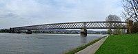 Urmitzer Eisenbahnbrücke.jpg