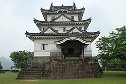 Uwajima Castle Keep Tower 20170611.jpg