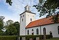 Vickleby kyrka exterior 2017-07-30-2.jpg