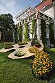 Vienna - Garden resembling a painter palette in Stadt Park - 4581.jpg
