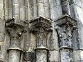 Villeneuve-sur-Verberie (60), église Saint-Barthélémy, portail latéral occidental, chapiteaux à droite.jpg