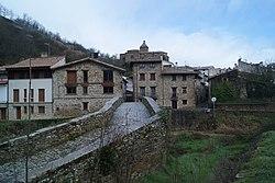 Vista de Monreal (Navarra).jpg