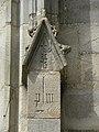 Vitré (35) Église Notre-Dame Inscription et marque de Marchand.JPG
