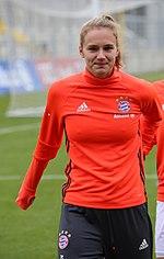 Vivianne Miedema beim Aufwaermen BL FCB gg. 1. FFC Frankfurt Muenchen-1.jpg