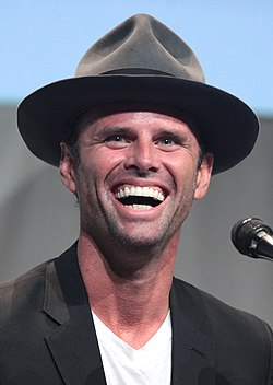 Walton Goggins vid 2015 års San Diego Comic-Con International.