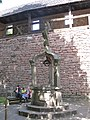 Water well in the upper garden (Haut-Koenigsbourg).jpg
