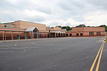 West Forsyth High School, May 2017.jpg