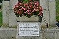 Wiener Zentralfriedhof - Gedicht am Grab der Familie Krieg.jpg