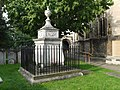 William Hogarth's tomb 683.JPG