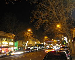 Lincoln Avenue at night