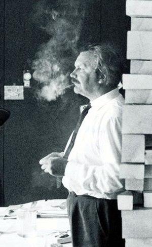 Tapio Wirkkala - Wirkkala in his studio around 1960.