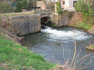 Canal de la Bruche - Image: Wolxheim canal Bruche