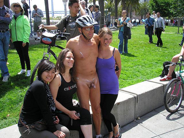 red tube naked girls pics