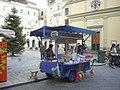 Περιπτεράκι στην πλατεία Ηρώων.jpg